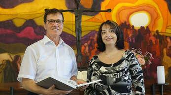 Zells evangelischer Pfarrer Reinhard Monninger geht in Ruhestand. Seine Frau Bianca hat ihn bei vielen Aufgaben seines Berufs begleitet.