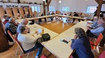 """Im """"Waaghaus"""" trifft sich die Volksliedgruppe Eckartsweier zu ihren monatlichen Singstunden."""