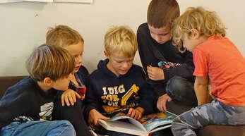 Anderthalb Jahre waren die Kinder in ihrem Kita-Alltag stark eingeschränkt und konnten nicht ohne Weiteres mit Kindern einer anderen Gruppe spielen. Jetzt ist das alles wieder möglich.