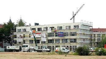 Bauherren in Offenburg warten länger als von der Landesbauordnung angedacht auf ihre Baugenehmigungen. Der Fachbereich arbeitet aber an einer Verbesserung. Das Foto zeigt Gebäude auf dem ehemaligen Kronenbrauerei-Areal.