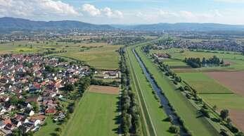 """Klimaschutzkampagne """"Klimafit im Quartier"""" in den Gottswaldgemeinden: Luftaufnahme der Kinzig"""