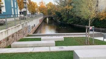 Erst durch die Mühlbachpromenade komme die Brücke richtig zur Geltung, sagte Oliver Martini. Die neue Brücke soll eine 6,5 Meter breite Fahrbahn und mindestens 2,5 Meter breite Gehwege haben.
