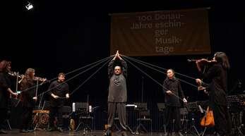 Fremd, berührend, eindrucksvoll: das Konzert des usbekischen Ensembles Omnibus.