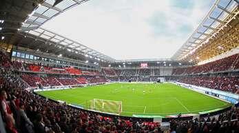 Hier rollt fortan der Ball in der Bundesliga – in der neuen Arena des SC Freiburg.