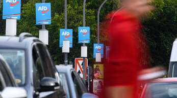 Die Stärke der AfD in Ostdeutschland – Krise der Demokratie oder Protest der nicht Repräsentierten?
