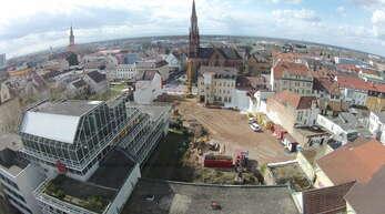 Das Sparkassen-Areal aus der Vogelperspektive, aufgenommen mit der Drohne von Mittelbadische-Presse.TV.