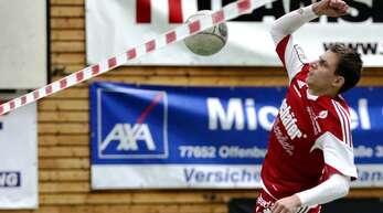 Die Faustballer des FFW Offenburg um Michael Haas landeten gegen Waibstadt einen Arbeitssieg.