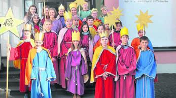 Rund 50 Sternsinger besuchten in der Vergangenheit in Oberkirch 4000 Haushalte. Weil die Kinder dabei nicht nur körperlich, sondern auch seelisch an Grenzen kamen, plant die Kirchengemeinde St. Cyriak jetzt Veränderungen.