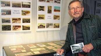 Reinhard Krauß wollte schon lange alte Postkarten ausstellen. Nun ist es soweit.