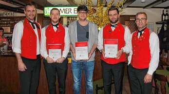 Die Geehrten bei der Harmonie Wagshurst (von links): der zweite Vorsitzender Reinhard Wiegert, Nico Schütt, Christoph König, David Huber und Vorsitzender Klaus Eckstein.