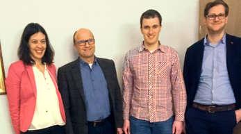Mitglieder der Jungen Union im Gespräch mit Markus Bernhard (Vorsitzender des Fördervereins Ortenau Klinikum Oberkirch).