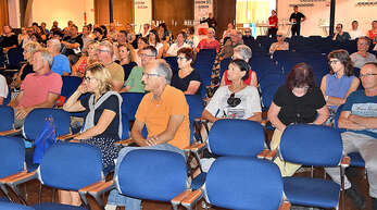 Beim Bürger-Infotag zur Zukunft der Krankenhäuser im Kreis in Oberkirch blieben viele Stühle leer.