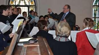 Der Kirchenchor Hofstetten unter der Leitung von Hermann Schill präsentierte anlässlich des Patroziniums die Orgelsolomesse von Mozart.
