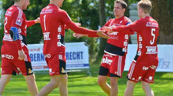 Stefan Konprecht, Sven Muckle, Michael Haas und Thomas Häusler (v. l.) stehen mit dem FBC vor einer weiteren Doppelschicht.