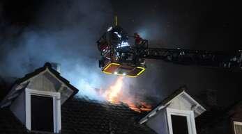Dachstuhlbrand vergangene Nacht in der Lahrer Kaiserstraße
