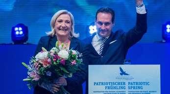 Vereint:Die rechtsextreme Französin Marine Le Pen und Heinz Christian Strache von der österreichischen FPÖ.