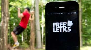 Einige Apps geben Kraft- und Ausdauerübungen vor, für die man kein Fitnessstudio braucht.