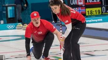 Becca und Matt Hamilton aus den USA setzten sich gegen das russische Mixed-Team durch.