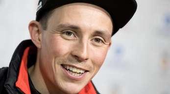 Trägt die deutsche Fahne bei der Eröffnungsfeier der Olympischen Winterspiele in Pyeongchang: Kombiniere Eric Frenzel.