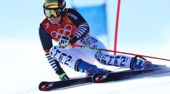 Viktoria Rebensburg leistete sich im ersten Riesenslalom-Durchgang einen Fehler.