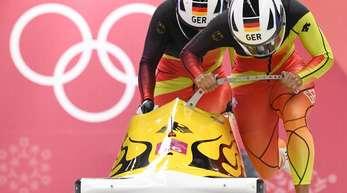 Pilotin Mariama Jamanka und Anschieberin Lisa Buckwitz wollen Gold im Zweierbob.