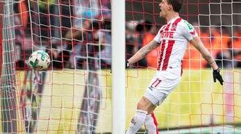 Torschütze Simon Zoller jubelt nach seinem Treffer zum 2:0 für den FC Köln.