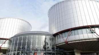 Der Europäische Menschenrechtsgerichtshof in Straßburg hat die Türkei wegen der unrechtmäßigen Untersuchungshaft zweier prominenter Journalisten verurteilt.