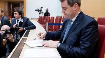 Markus Söder (CSU), Ministerpräsident von Bayern, nimmt an einer Sondersitzung des bayerischen Landtags teil.