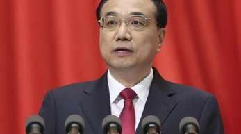 Chinas Ministerpräsident Li Keqiang sagte vor kurzem, sein Land plane Zölle zu reduzieren und Investoren aus Übersee zu erleichtern.