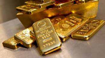 Derzeit gibt es eine breit angelegt Flucht in sichere Anlagehäfen, von der auch das Gold profitierte.