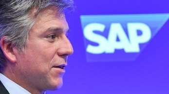 Top-Verdiener im Dax war der Auswertung zufolge erneut SAP-Chef Bill McDermott mit einer Gesamtvergütung von 21,15 Millionen Euro - ein historischer Spitzenwert.