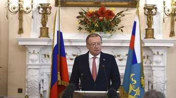 Alexander Wladimirowitsch Jakowenko, russischer Botschafter in London, spricht bei einer Pressekonferenz nach dem Giftanschlag auf den Ex-Agenten Sergej Skripal.