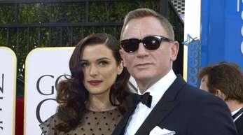 Daniel Craig (r) und Rachel Weisz 2013 bei der Verleihung der Golden Globe Awards in Beverly Hills.