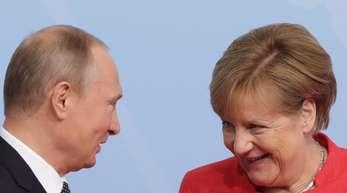 Angela Merkel trifft sich an diesem Freitag in Sotschi am Schwarzen Meer mit dem russischen Präsidenten Wladimir Putin.