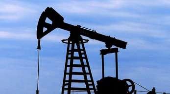 Rohstoffanalysten nennen gleich mehrere Preistreiber am Ölmarkt.