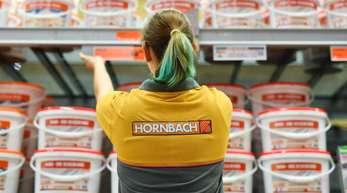 Im Ende Februar beendeten Geschäftsjahr hat die Hornbach-Gruppe kräftig von der Lust am Heimwerken profitiert.