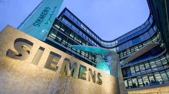 Siemens-Firmenzentrale in München: Für den Elektrokonzern könnte die Produktion von Batteriezellen für Elektroautos ein Geschäft werden.