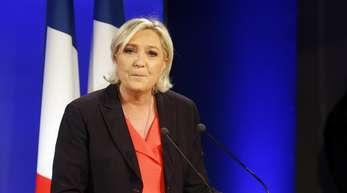 Klage abgewiesen: Ein EU-Gericht hat entschieden, dass die französische Politikerin Marine Le Pen knapp 300.000 Euro an das EU-Parlament zurückzahlen muss.