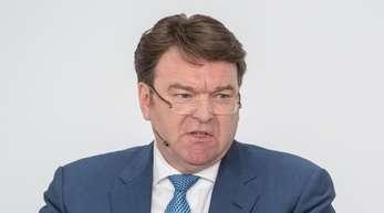 Schot «übernimmt mit sofortiger Wirkung kommissarisch den Vorstandsvorsitz von Audi», teilte der Autobauer mit.
