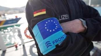 Der Schutz an den EU-Grenzen soll durch eine Verstärkung des Personals von Frontex auf bis zu 10.000 Mitarbeiter verbessert werden.