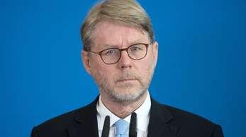 Der neue Bamf-Chef Hans-Eckhard Sommer bei seiner Vorstellung in Berlin.