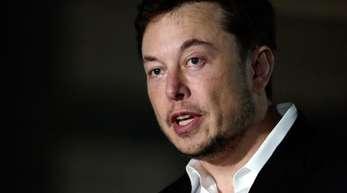Tesla-Chef Elon Musk hatte die Angestellten bereits am Wochenende in einer E-Mail über den angeblichen Feind in den eigenen Reihen informiert.