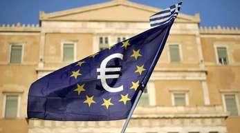 Ist Griechenland bald zu Ende gerettet? Das hochverschuldete Land verzeichnet wieder Wirtschaftswachstum und Haushaltsüberschüsse, wenn man den Schuldendienst ausklammert.