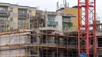 In Berlin sind Wohnungen von Ende 2016 bis Ende 2017 im Schnitt um 15,6 Prozent teurer geworden.