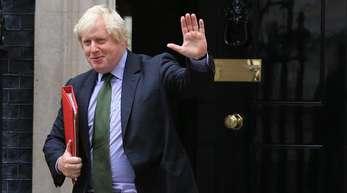 Boris Johnson, damaliger Außenminister von Großbritannien, verlässt die Downing Street 10.