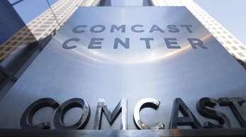 Comcast verfolge die Übernahme von Fox nicht länger und konzentriere sich stattdessen auf den britischen Bezahlsender Sky, teilte das Unternehmen mit.