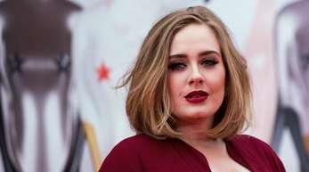 Die britische Sängerin Adele ist Mutter eines kleinen Sohnes.