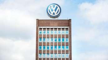 Im vergangenen Jahr hatte VW im Werk Wolfsburg mit über 62000 Beschäftigten rund 790000 Autos gebaut.