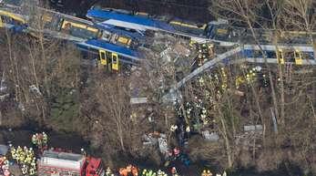 Bei dem Zusammenstoß am 9. Februar 2016 waren 12 Menschen ums Leben gekommen.