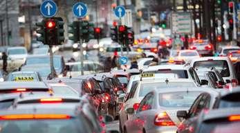 «Den Besitzern alter Diesel müssen höchst attraktive Angebote für den Wechsel in saubere Autos gemacht werden», sagt Scheuer.